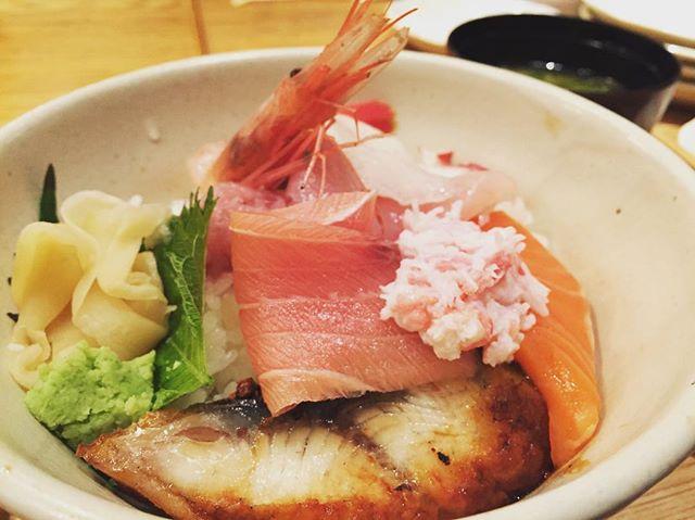 金沢で勉強会後、近江町市場で海鮮丼!