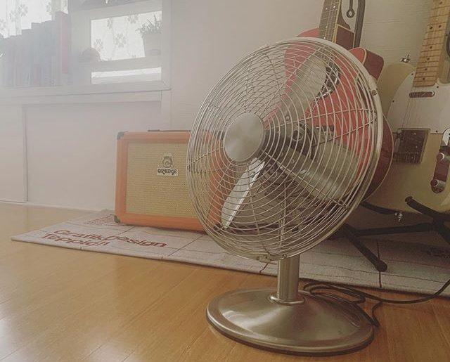 やっと見つけた可愛い扇風機、届きました。レトロ。