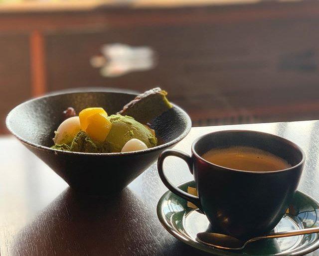 家の用事で金沢に。朝から甘いもの。